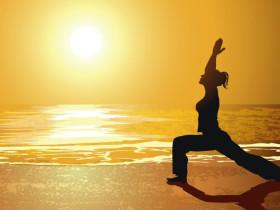 瑜伽体式的生活哲学-在战士序列中强壮内心